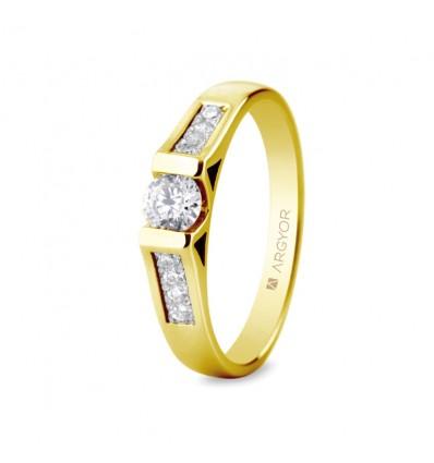 Sortija mod. 74A0046. Sortija con 9 diamantes 0.42ct