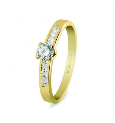 Sortija con 9 diamantes 0.41ct